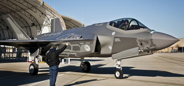 Dutch F-35 First to Make Overseas Debut