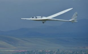 Perlan II Glider Prepares for Records