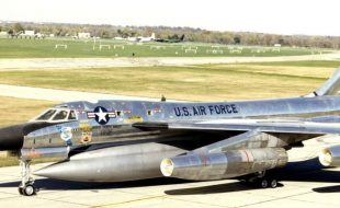 March 5, 1962 — On this Day in Aviation History – World Record B-58 Hustler Flight