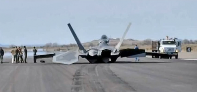 F-22 Raptor Performs Belly Landing in Nevada