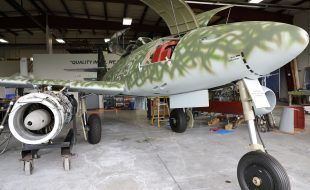 Museums' Me 262 Gets its Colors