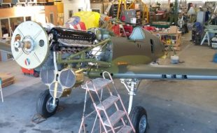 Curtiss P-40E Gets Its Wings